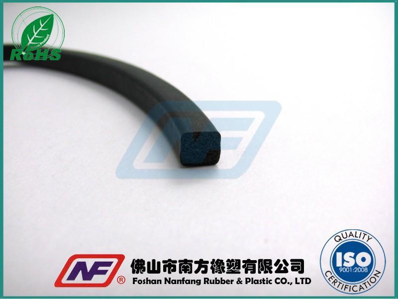 耐高温硅橡胶发泡条产品缩略图