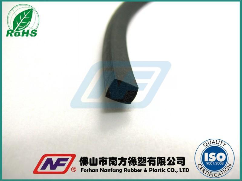 耐高温硅橡胶海绵条产品缩略图